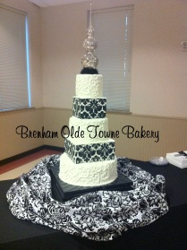 5 tier buttercream damask
