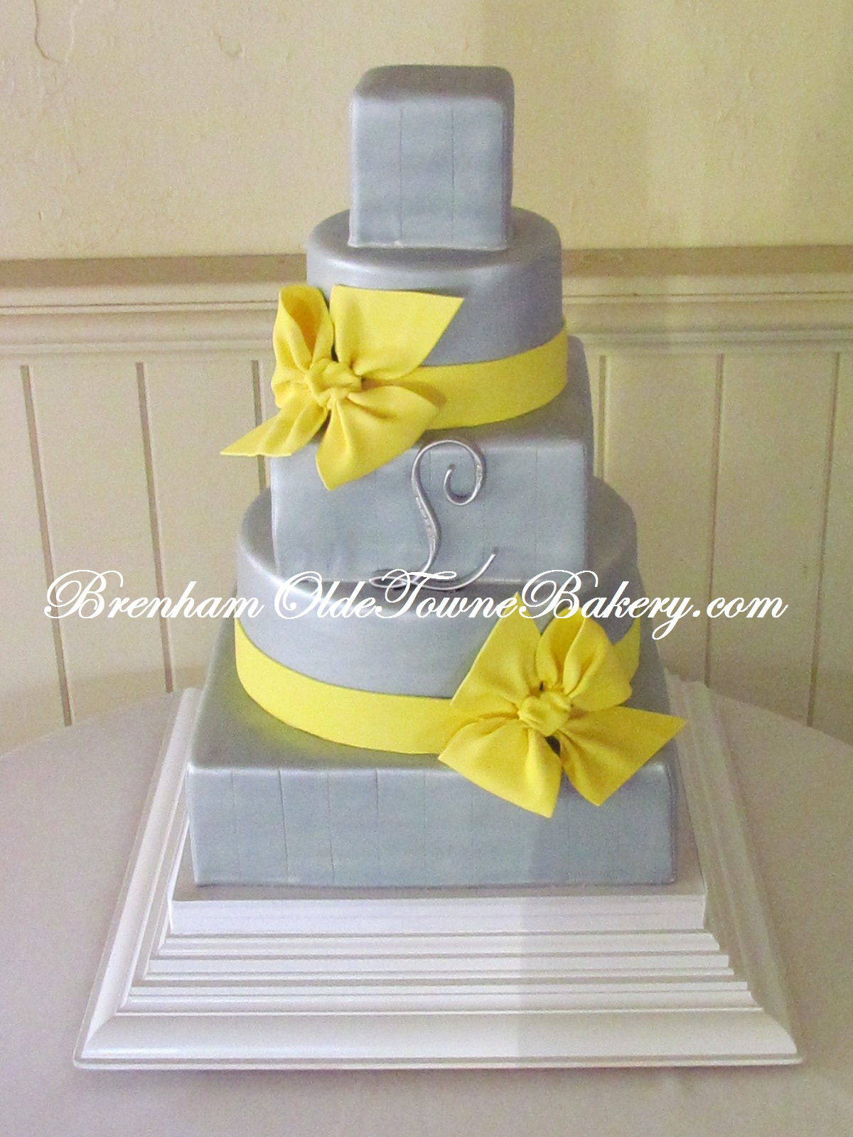 Gray and Canary Wedding Cake | Brenham Olde Towne Bakery