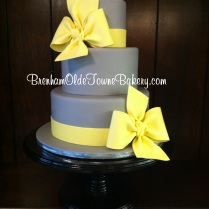 gray and yellow bows