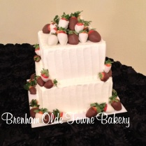 rustic buttercream choc covered berries